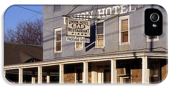 Union Hotel IPhone 5 / 5s Case by Skip Willits