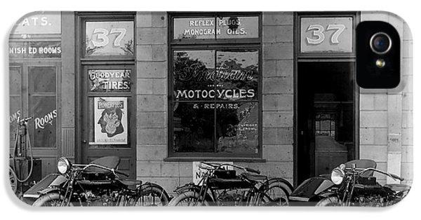 Vintage Motorcycle Dealership IPhone 5 / 5s Case by Jon Neidert