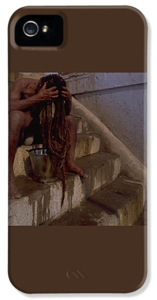IPhone 5 / 5s Case featuring the photograph Varanasi Hair Wash by Travel Pics