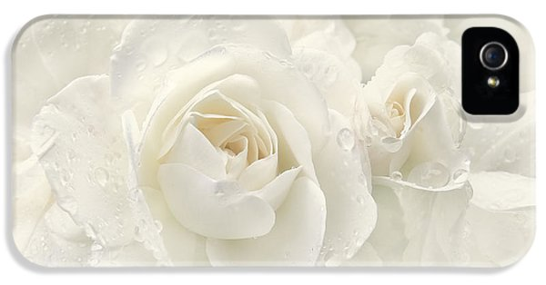 Ivory Rose iPhone 5 Cases - Wedding Day White Roses iPhone 5 Case by Jennie Marie Schell