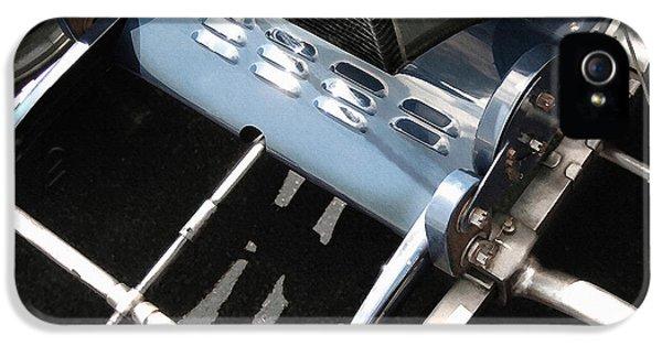 Bugatti Type 35 iPhone 5 Cases - Bugatti Type 35 Front Axle iPhone 5 Case by Curt Johnson