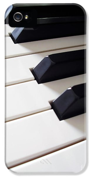 Coordination iPhone 5 Cases - Piano Keys iPhone 5 Case by Carlos Caetano