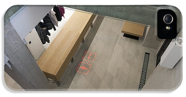 Good Condition iPhone 5 Cases - Modern Building Interior Of The New iPhone 5 Case by Jaak Nilson
