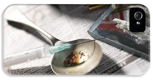 Addictive Drug iPhone 5 Cases - Heroin Abuse iPhone 5 Case by Tek Image