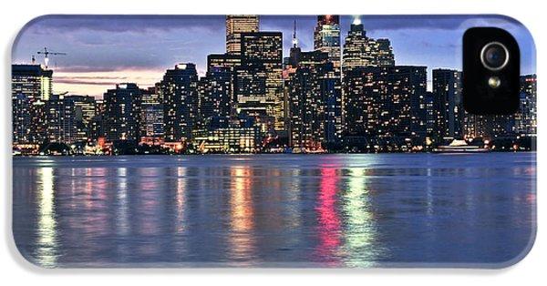 Toronto Skyline IPhone 5 / 5s Case by Elena Elisseeva