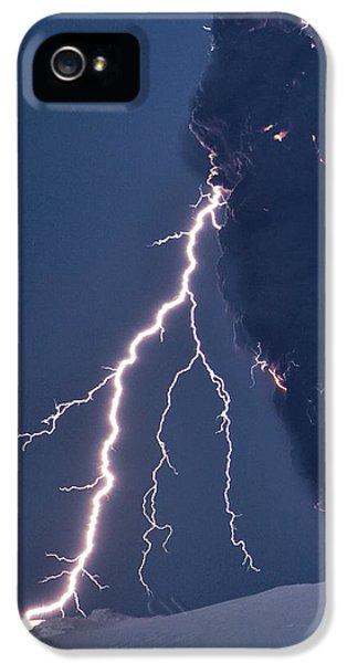 Discharging iPhone 5 Cases - Volcanic Lightning, Iceland, April 2010 iPhone 5 Case by Olivier Vandeginste