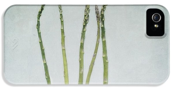 A Bunch Of Asparagus IPhone 5 / 5s Case by Priska Wettstein