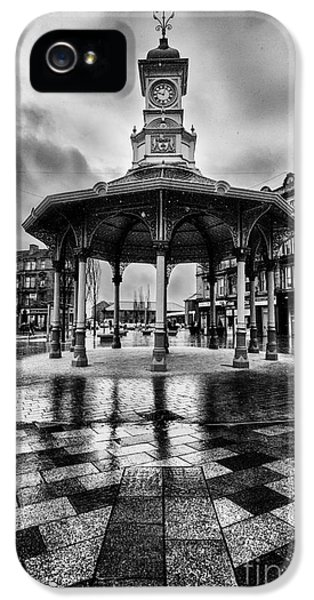 Point Of View iPhone 5 Cases - Bridgeton Cross Bandstand Glasgow iPhone 5 Case by John Farnan
