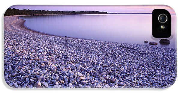 Colour Image iPhone 5 Cases - Hillside Beach, Lake Winnipeg, Manitoba iPhone 5 Case by Dave Reede