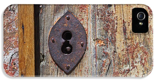 Corroded iPhone 5 Cases - Key hole iPhone 5 Case by Carlos Caetano