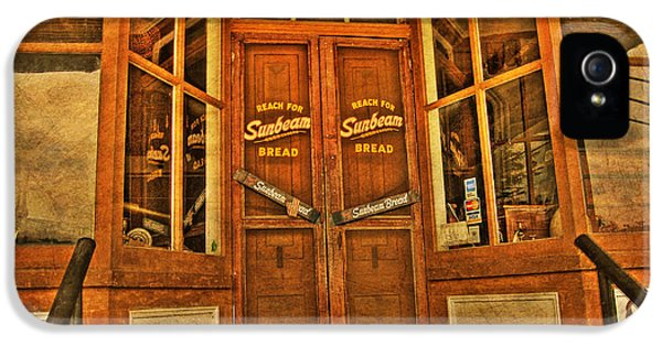 Store Front iPhone 5 Cases - Old Store front iPhone 5 Case by Todd Hostetter