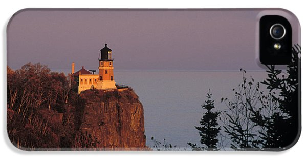 Foghorn iPhone 5 Cases - Split Rock Lightghouse - FS000635 iPhone 5 Case by Daniel Dempster