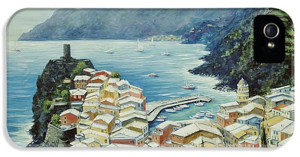 Harbor iPhone 5 Cases - Vernazza Cinque Terre Italy iPhone 5 Case by Marilyn Dunlap