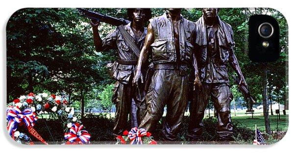 Vietnam War iPhone 5 Cases - Vietnam Veterans Memorial  iPhone 5 Case by Thomas R Fletcher