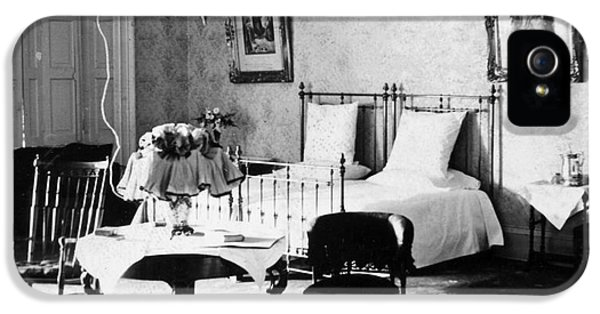 The White House Photographs iPhone 5 Cases - White House Bedroom, 1898 iPhone 5 Case by Granger