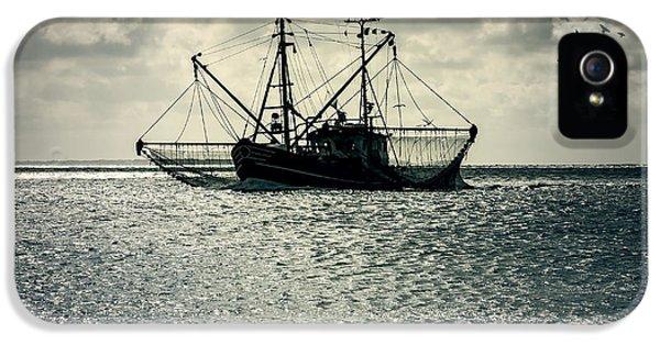 Fishing Boat IPhone 5 / 5s Case by Joana Kruse