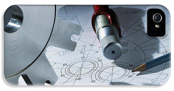Cog iPhone 5 Cases - Engineering Equipment iPhone 5 Case by Tek Image