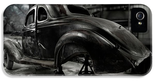 Restoration iPhone 5 Cases - 36 Ford Coupe Rear iPhone 5 Case by Yo Pedro