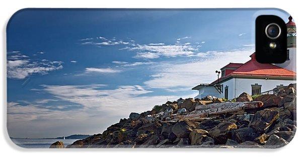 Alki Point Lighthouse IPhone 5 / 5s Case by Joan Carroll