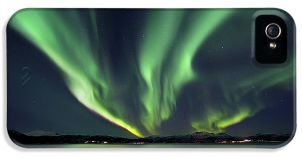 Outdoors iPhone 5 Cases - Aurora Borealis Over Tjeldsundet iPhone 5 Case by Arild Heitmann