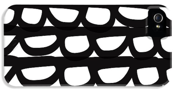 Black And White Pebbles- Art By Linda Woods IPhone 5 / 5s Case by Linda Woods