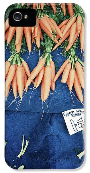 Carrots At The Market IPhone 5 / 5s Case by Tom Gowanlock