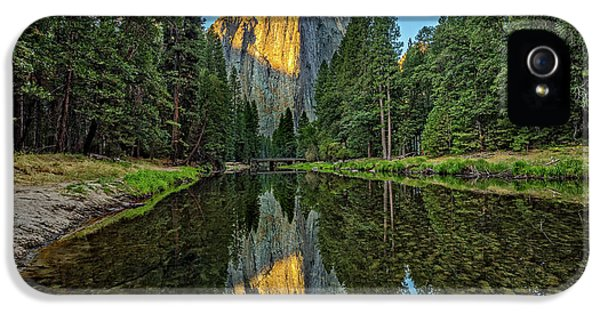 Cathedral Rocks Morning IPhone 5 / 5s Case by Peter Tellone