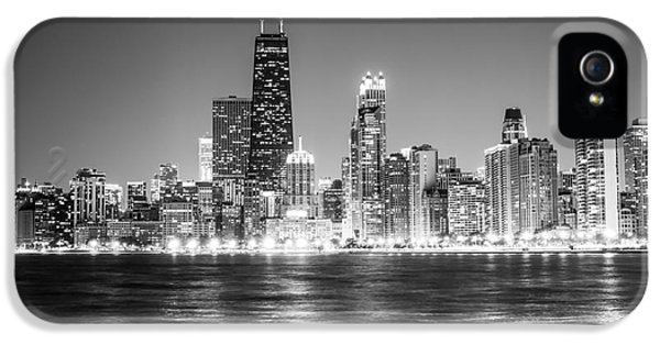 Chicago Lakefront Skyline Black And White Photo IPhone 5 / 5s Case by Paul Velgos