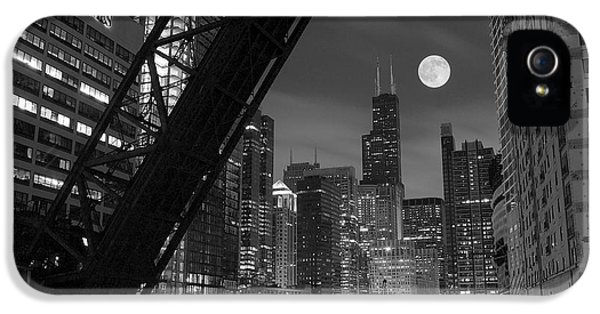 Theater iPhone 5 Cases - Chicago Pride of Illinois iPhone 5 Case by Frozen in Time Fine Art Photography