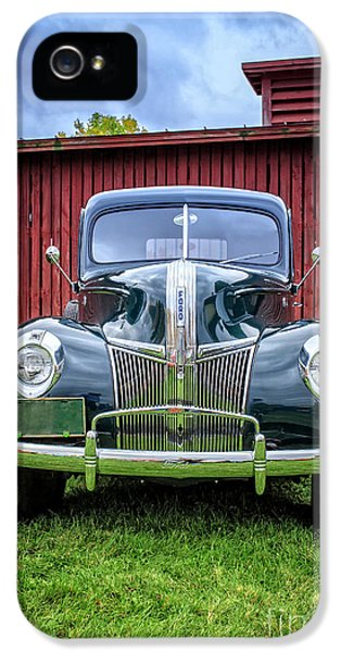 Classic Ford Canterbury Shaker Village IPhone 5 / 5s Case by Edward Fielding