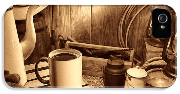 Hot Western iPhone 5 Cases - Coffee Break at the Chuck Wagon iPhone 5 Case by American West Legend By Olivier Le Queinec