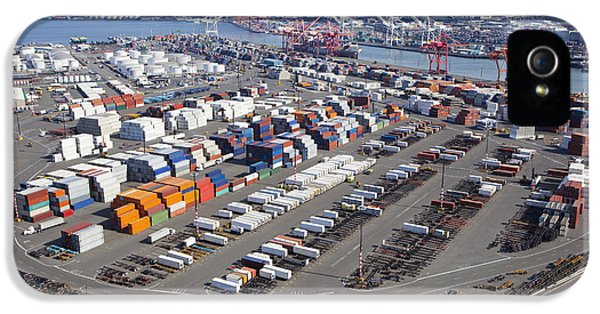Containers At The Port Of Seattle IPhone 5 / 5s Case by Don Mason