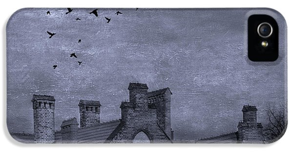 Curse Of Manor House IPhone 5 / 5s Case by Juli Scalzi