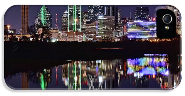 Dallas Reflecting At Night IPhone 5 / 5s Case by Frozen in Time Fine Art Photography
