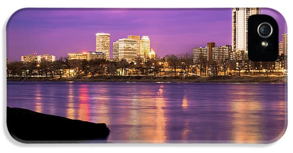 Downtown Tulsa Oklahoma - University Tower View - Purple Skies IPhone 5 / 5s Case by Gregory Ballos