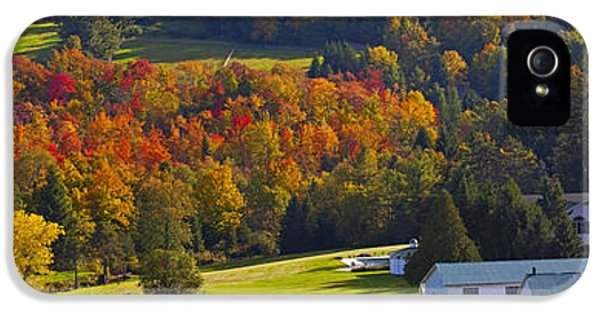 Colour Image iPhone 5 Cases - Farm In Autumn  Knowlton, Quebec, Canada iPhone 5 Case by David Chapman