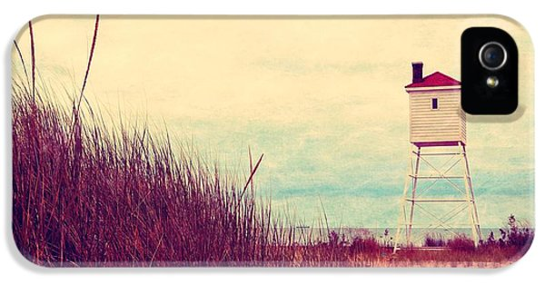 Foghorn iPhone 5 Cases - Foghorn at Big Sable Point iPhone 5 Case by Michelle Calkins