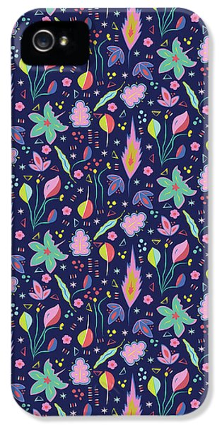 Fun In The Garden IPhone 5 / 5s Case by Elizabeth Tuck