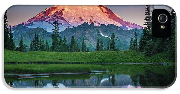 Glowing Peak - August IPhone 5 / 5s Case by Inge Johnsson