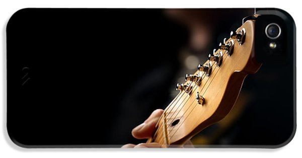 Guitarist Close-up IPhone 5 / 5s Case by Johan Swanepoel