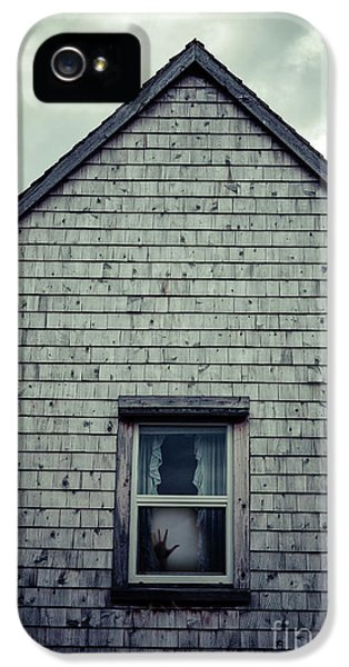 Hand In The Window IPhone 5 / 5s Case by Edward Fielding