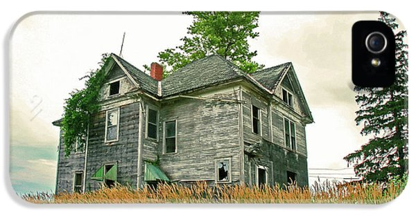 Haunted House IPhone 5 / 5s Case by Todd Klassy