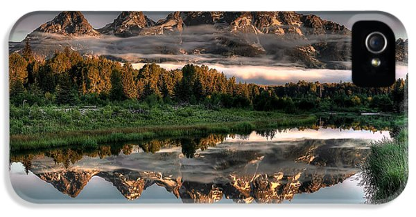 Hazy Reflections At Scwabacher Landing IPhone 5 / 5s Case by Ryan Smith