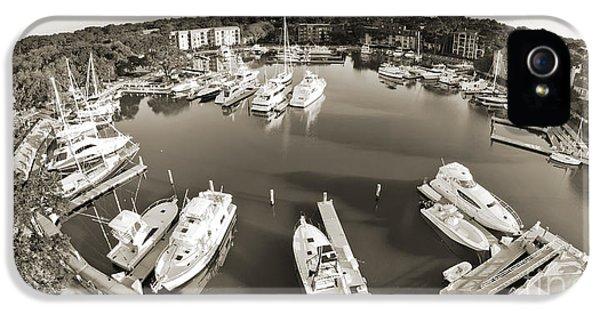 Hilton Head Harbor Town Yacht Basin 2012 IPhone 5 / 5s Case by Dustin K Ryan