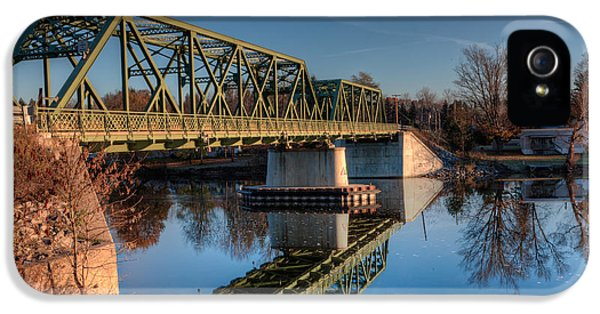 Oswego iPhone 5 Cases - Hinmansville Bridge iPhone 5 Case by Everet Regal