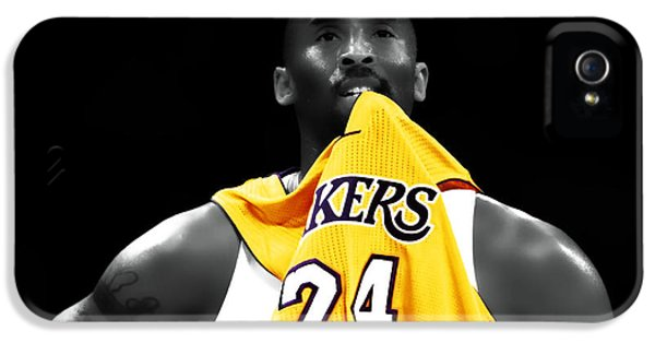 Kobe Bryant 04c IPhone 5 / 5s Case by Brian Reaves