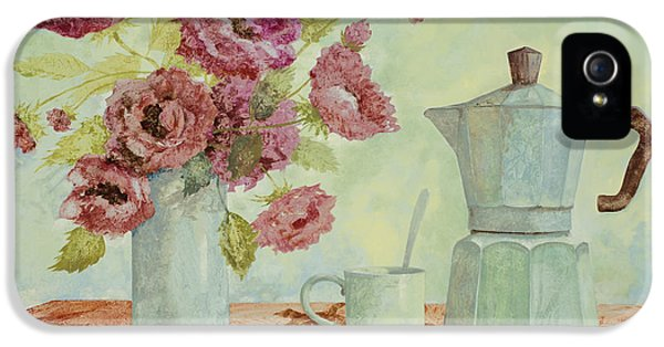 La Caffettiera E I Fiori Amaranto IPhone 5 / 5s Case by Guido Borelli