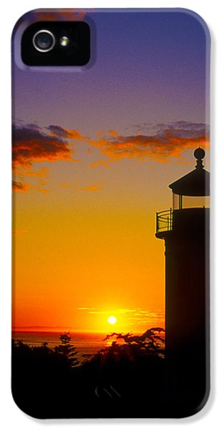 Casey iPhone 5 Cases - Light House at Fort Casey Washington iPhone 5 Case by Gary Langley