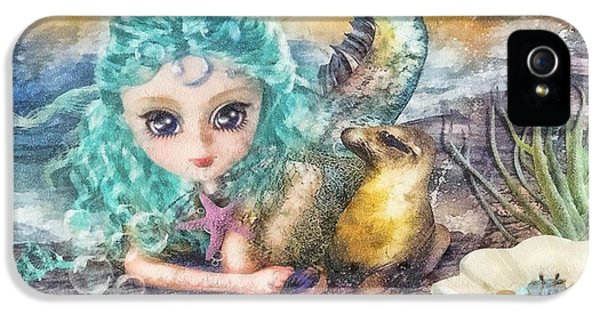 Mo T iPhone 5 Cases - Little Mermaid iPhone 5 Case by Mo T