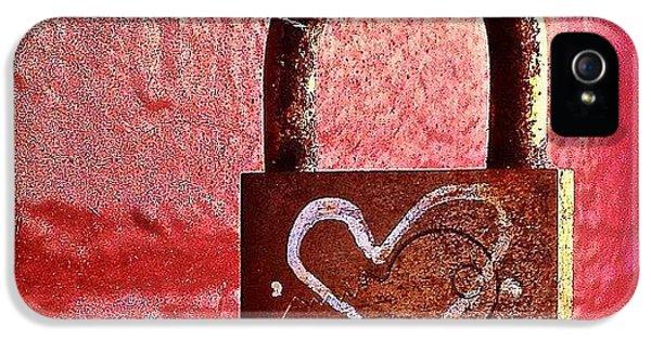 Lock/heart IPhone 5 / 5s Case by Julie Gebhardt